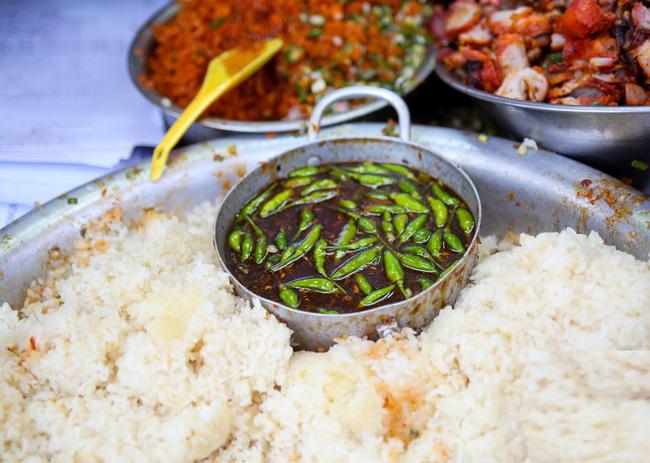 6 quán ăn bình dân chẳng cần quảng cáo nhưng lúc nào cũng tấp nập khách ở Sài Gòn - Ảnh 14.