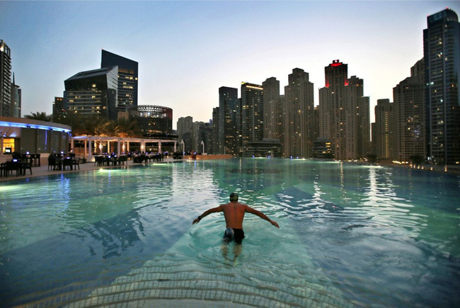 Cuộc sống ở Dubai - một trong những thành phố phát triển nhanh nhất TG - Ảnh 4.