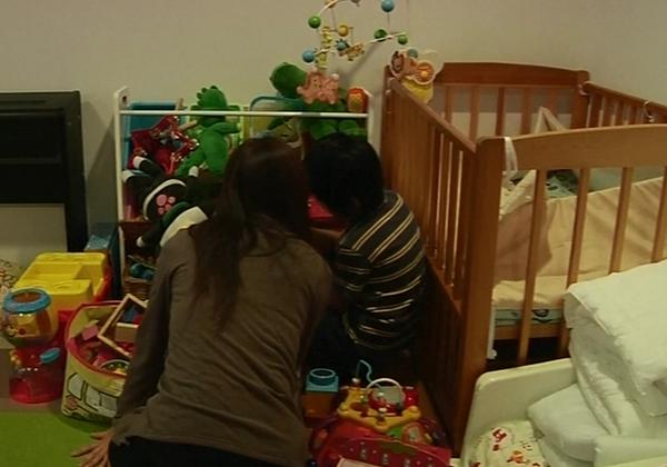 Cuộc sống tăm tối của những bà mẹ đơn thân tại Nhật Bản 4