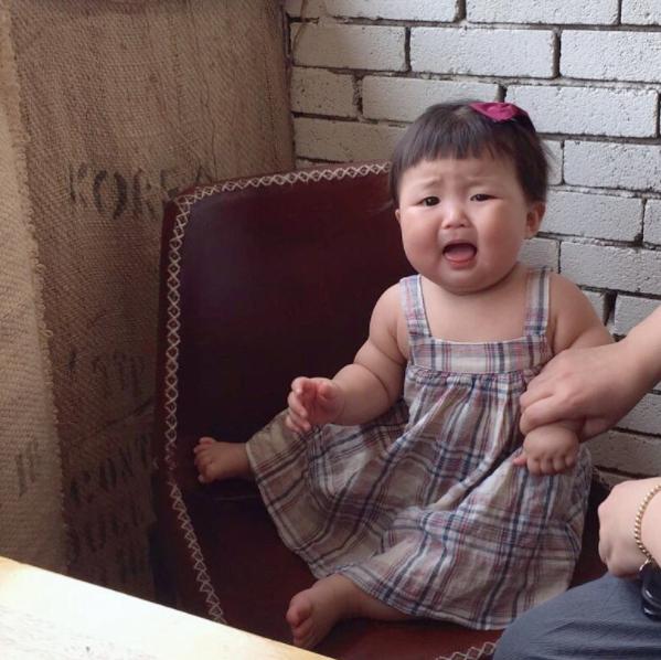 Cô nhóc người Hàn sở hữu cặp má bánh bao trong truyền thuyết siêu đáng yêu - Ảnh 8.