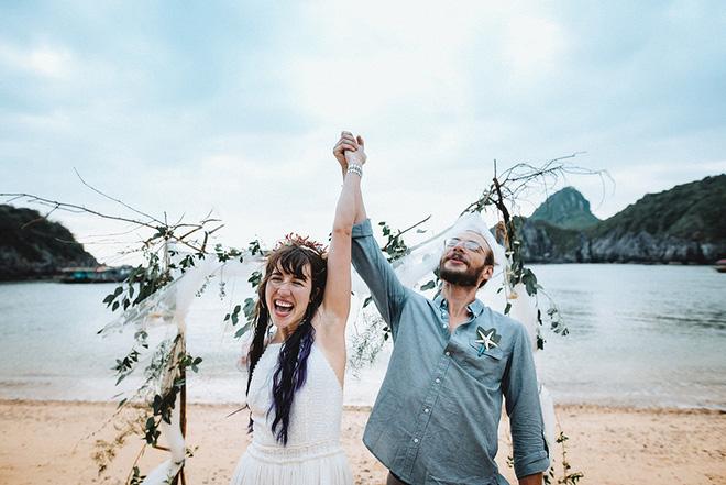 Đám cưới bí mật đẹp như mơ có 1-0-2 của cặp đôi Tây bỏ trốn trên đảo Cát Bà - Ảnh 5.