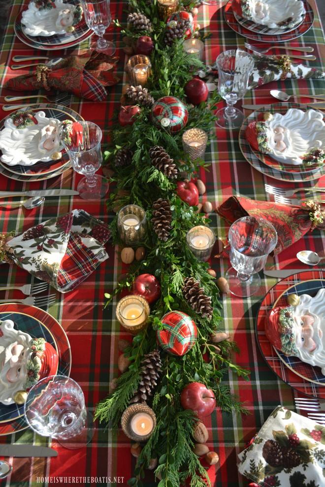 Trang trí bàn ăn thật lung linh và ấm cúng cho đêm Giáng sinh an lành - Ảnh 4.
