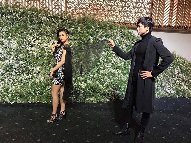 Không chỉ mặc ton-sur-ton, Tim và Trương Quỳnh Anh còn thích chăm chút quần áo trên thảm đỏ cho nhau - Ảnh 5.