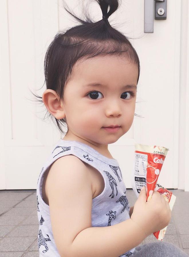 Nhóc tì Nhật Bản siêu cấp đáng yêu, mới 2 tuổi đã có 80k lượt theo dõi - Ảnh 5.