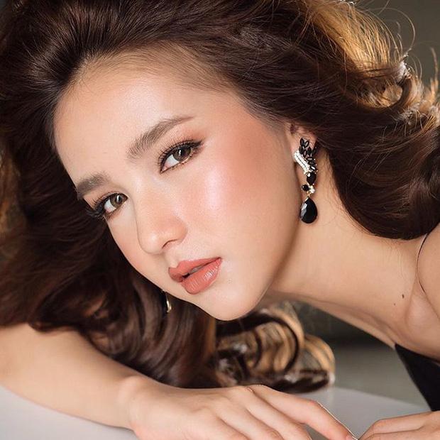 Nhan sắc nóng bỏng của cô nàng hoa hậu được mệnh danh là Angela Baby của Thái Lan - Ảnh 18.