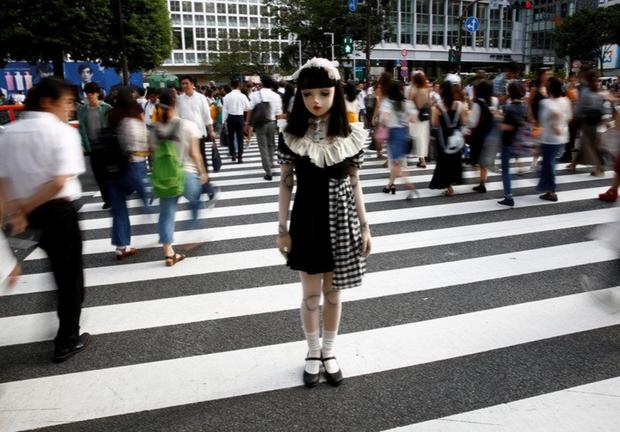 Chân dung búp bê sống tại Nhật Bản: Khi ranh giới giữa người và búp bê gần như bị xóa nhòa - ảnh 5