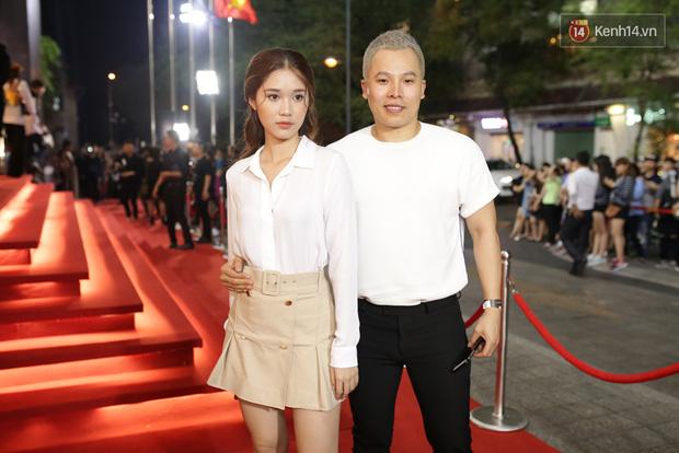 Angela Phương Trinh & Chi Pu quá đỗi sành điệu, công phá thảm đỏ sự kiện ra mắt H&M Việt Nam - Ảnh 6.