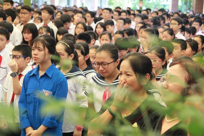 Nhìn những hình ảnh này mới biết thầy Văn Như Cương trong lòng học trò mến thương đến dường nào - Ảnh 25.