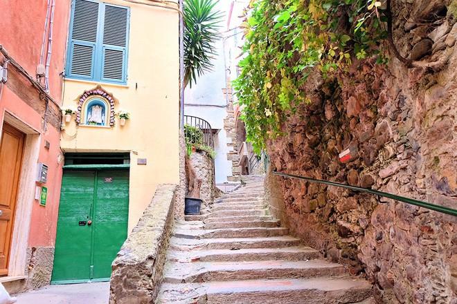 Cinque Terre – Chạm tay vào giấc mơ mang màu cổ tích của nước Ý - Ảnh 6.