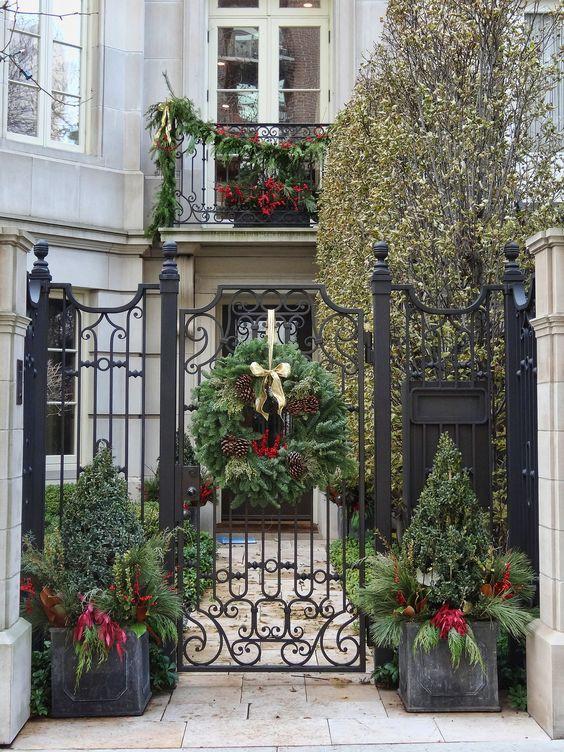 Những ý tưởng trang trí mặt tiền cho ngôi nhà đón Noel - Ảnh 6.