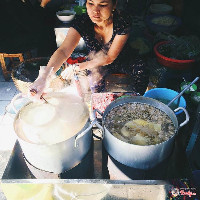 9 quán bún giá mềm cho bữa sáng ngon tuyệt ở Hà Nội - Ảnh 4.