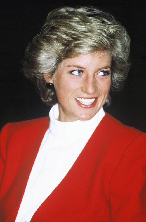 Không phải đen hay nâu, công nương Diana chỉ trung thành với kẻ mắt xanh dương - Ảnh 7.