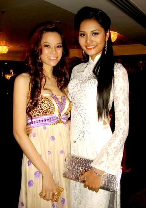 Đi thi Miss World, các người đẹp Việt thường chuẩn bị những kiểu áo dài như thế nào? - Ảnh 7.