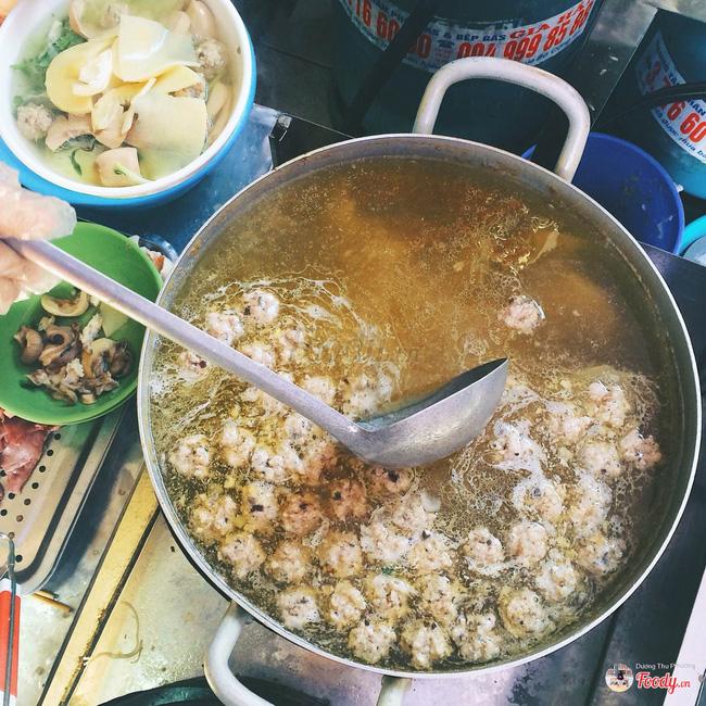9 quán bún giá mềm cho bữa sáng ngon tuyệt ở Hà Nội - Ảnh 5.
