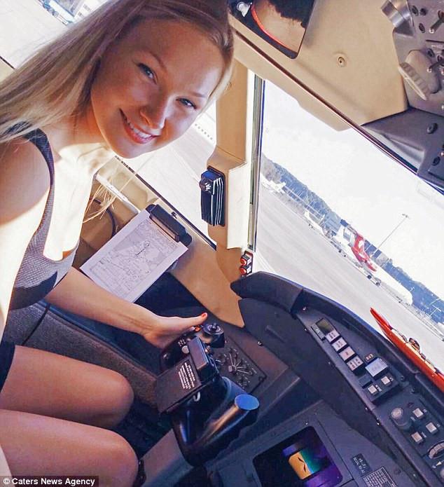 Cuộc sống đáng mơ ước của nữ phi công 9X - Ảnh 9.