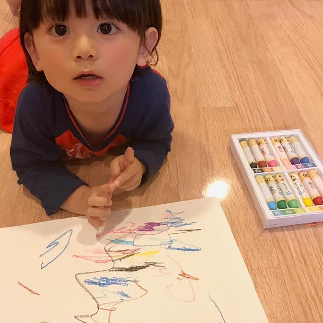 Nhóc tì Nhật Bản siêu cấp đáng yêu, mới 2 tuổi đã có 80k lượt theo dõi - Ảnh 9.