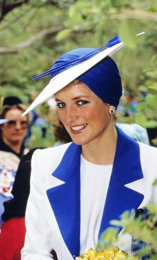 Không phải đen hay nâu, công nương Diana chỉ trung thành với kẻ mắt xanh dương - Ảnh 9.