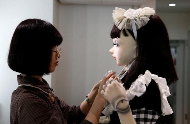 Chân dung búp bê sống tại Nhật Bản: Khi ranh giới giữa người và búp bê gần như bị xóa nhòa - ảnh 9