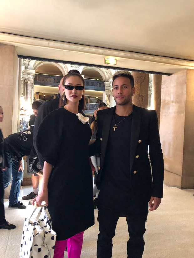 Nghi vấn Maya khoe ảnh dự show Balmain tại Paris Fashion Week, nhưng chỉ là đến chụp ảnh rồi đi về - Ảnh 9.