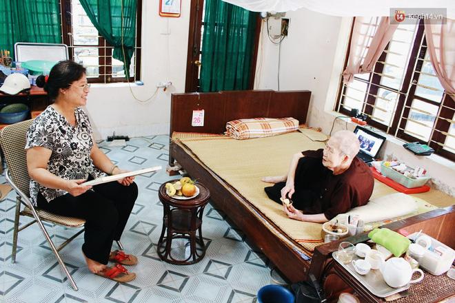 Gặp cụ bà 97 tuổi được phong sành sỏi Internet nhất Việt Nam: Tôi bị ung thư 3 năm nay, nhưng còn sức thì còn học! - Ảnh 10.