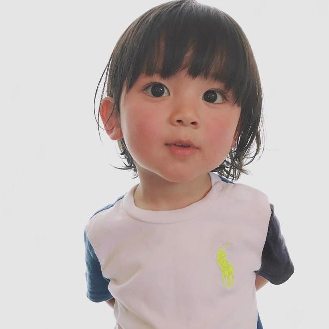 Nhóc tì Nhật Bản siêu cấp đáng yêu, mới 2 tuổi đã có 80k lượt theo dõi - Ảnh 10.