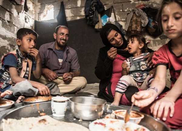 Ngày của cha: Những người cha trong cuộc chiến chống lại cái ác để bảo vệ con gái ở Iraq - Ảnh 10.