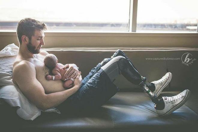 18 khoảnh khắc tình như cái bình giữa bố và con - Ảnh 10.