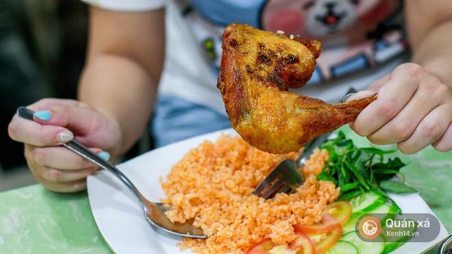 Khám phá tiệm cơm gà xối mỡ công nghệ cao xịn vô đối ở Sài Gòn - Ảnh 10.