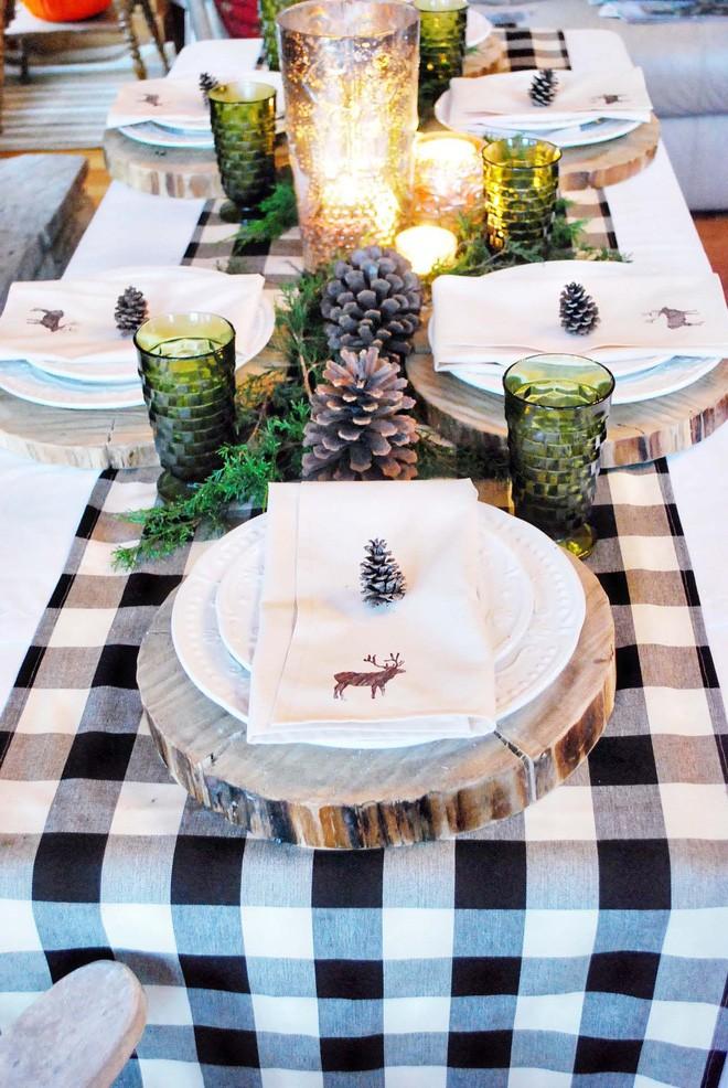 Trang trí bàn ăn thật lung linh và ấm cúng cho đêm Giáng sinh an lành - Ảnh 10.