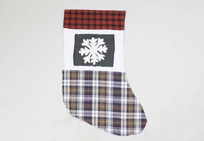 Trang trí nhà đón Noel bằng những chiếc tất - vừa lạ, vừa dễ thương, vừa dễ làm - Ảnh 10.
