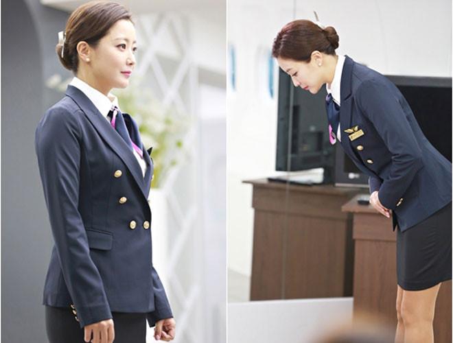 Mỹ nhân không tuổi Kim Hee Sun dát hàng hiệu không đếm xuể trong Phẩm chất quý cô - Ảnh 6.