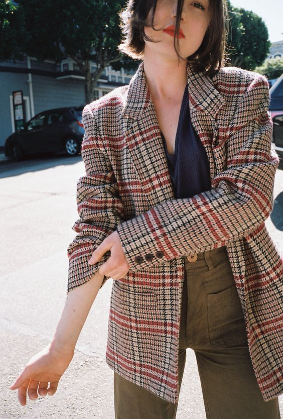 Đây chắc chắn là chiếc áo blazer được diện nhiều nhất trong thu này - Ảnh 10.