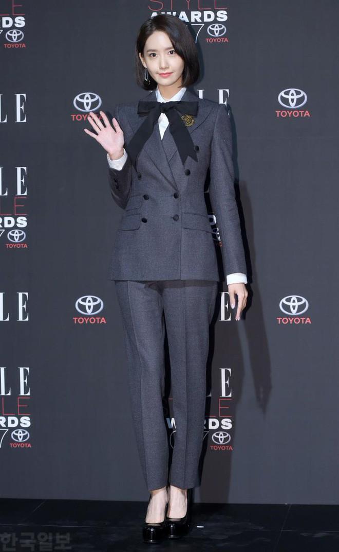 Yoona sụt giảm phong độ nữ thần với bộ đầm như nuốt chửng vòng eo - Ảnh 8.