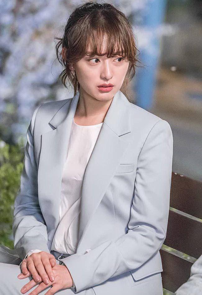 Đây là những nhân vật có gu thời trang ấn tượng nhất phim Hàn trong năm 2017 - Ảnh 23.