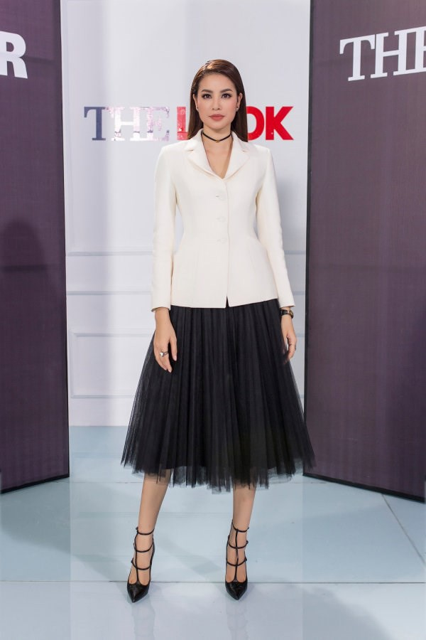 Phạm Hương và 3 phong cách hoàn toàn khác nhau từ The Face, Hoa hậu hoàn vũ 2017 đến The Look - Ảnh 17.