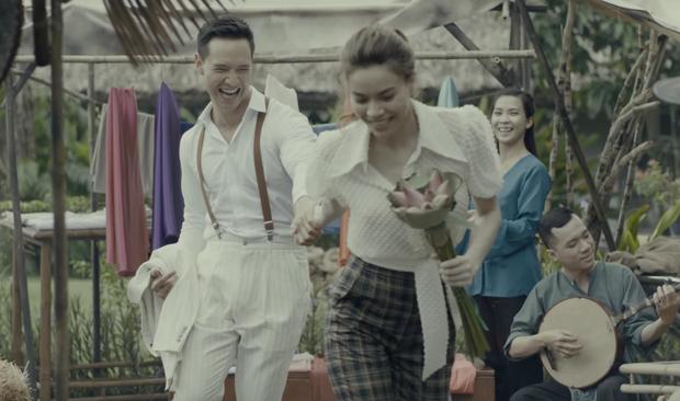Vừa ra mắt, nhưng 2 MV ca nhạc này đã cân cả showbiz Việt về khoản đầu tư trang phục - Ảnh 6.