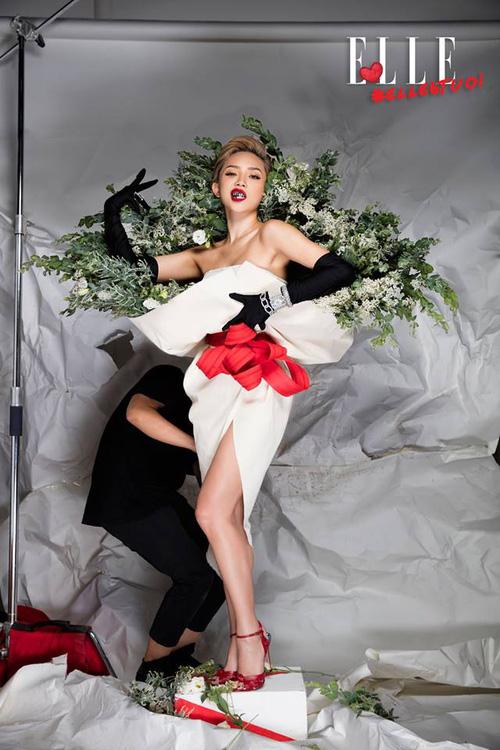 Ngang nhiên mượn thiết kế của Moschino, nhưng bó hoa Tiêu Châu Như Quỳnh lại kém sắc trầm trọng - Ảnh 9.