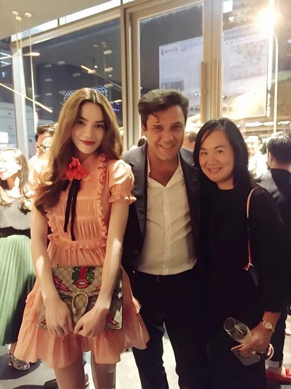 Những người đẹp Việt rất trung thành với một hãng túi hiệu - Ảnh 18.