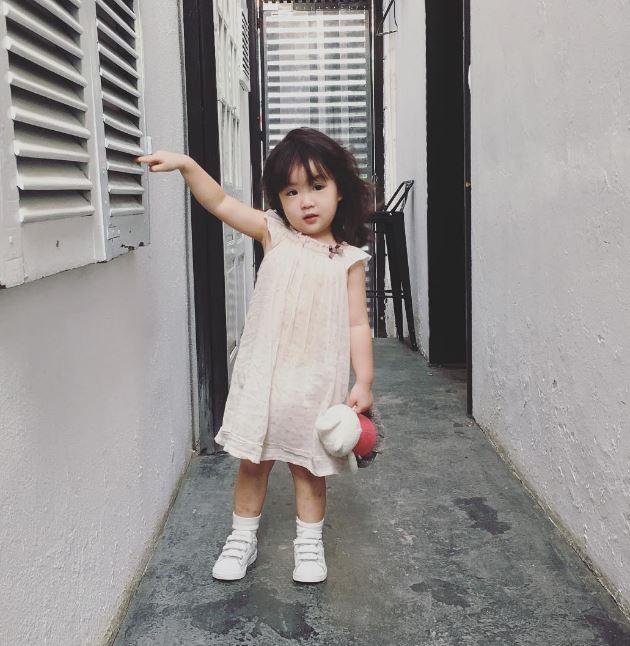 Đâu chỉ mỗi Hàn Quốc, ở Việt Nam có 4 cô nhóc này vừa xinh lại vừa mặc đẹp - Ảnh 29.