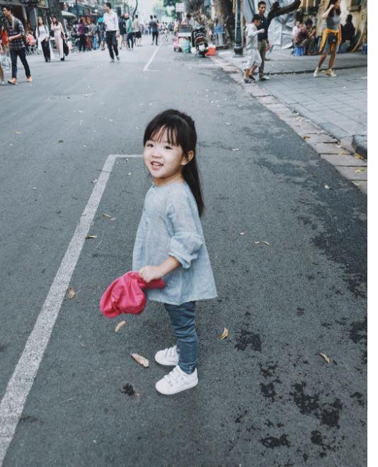 Đâu chỉ mỗi Hàn Quốc, ở Việt Nam có 4 cô nhóc này vừa xinh lại vừa mặc đẹp - Ảnh 35.