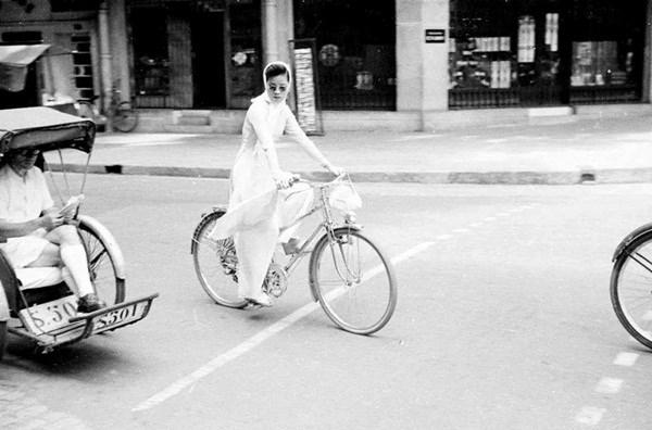 Hơn nửa thế kỷ trước, phụ nữ Sài Gòn đã mặc chất, chơi sang như thế này cơ mà! - Ảnh 33.