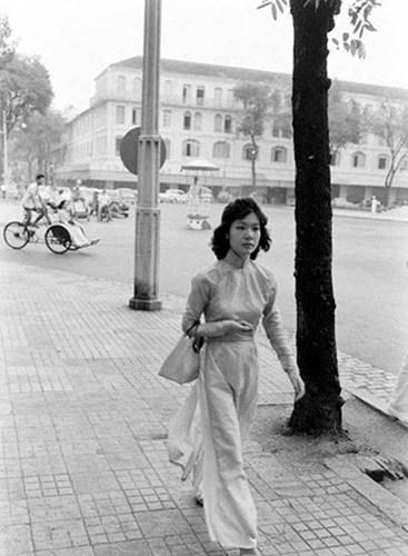 Hơn nửa thế kỷ trước, phụ nữ Sài Gòn đã mặc chất, chơi sang như thế này cơ mà! - Ảnh 34.