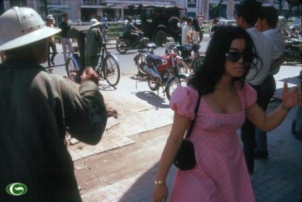 Hơn nửa thế kỷ trước, phụ nữ Sài Gòn đã mặc chất, chơi sang như thế này cơ mà! - Ảnh 37.