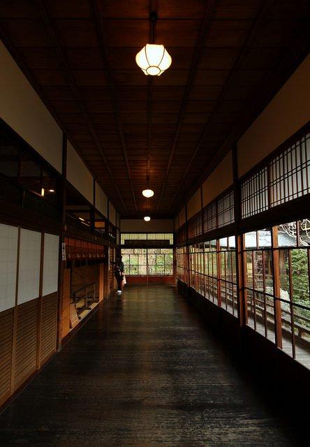Ở nhà sàn gỗ mộc mạc, người Nhật chẳng sợ trộm đột nhập nhờ hệ thống chống trộm hiệu quả từ thế kỷ 17 - Ảnh 1.