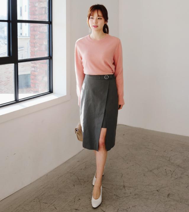 Chỉ là chân váy ôm đơn giản cũng có nhiều biến tấu tôn dáng khiến chị em công sở mê mẩn - Ảnh 5.