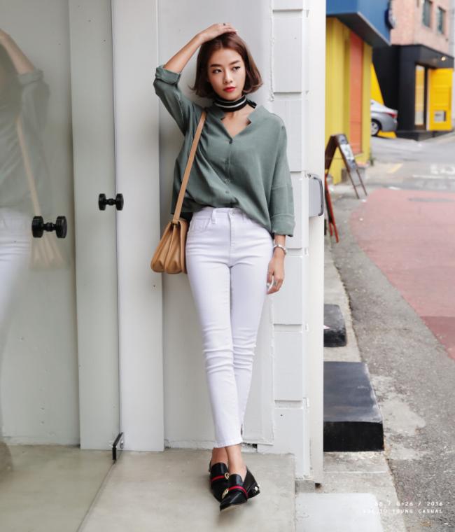 Điểm qua một vài cách diện đồ hay ho với cặp đôi kinh điển: quần jeans và sơmi - Ảnh 6.