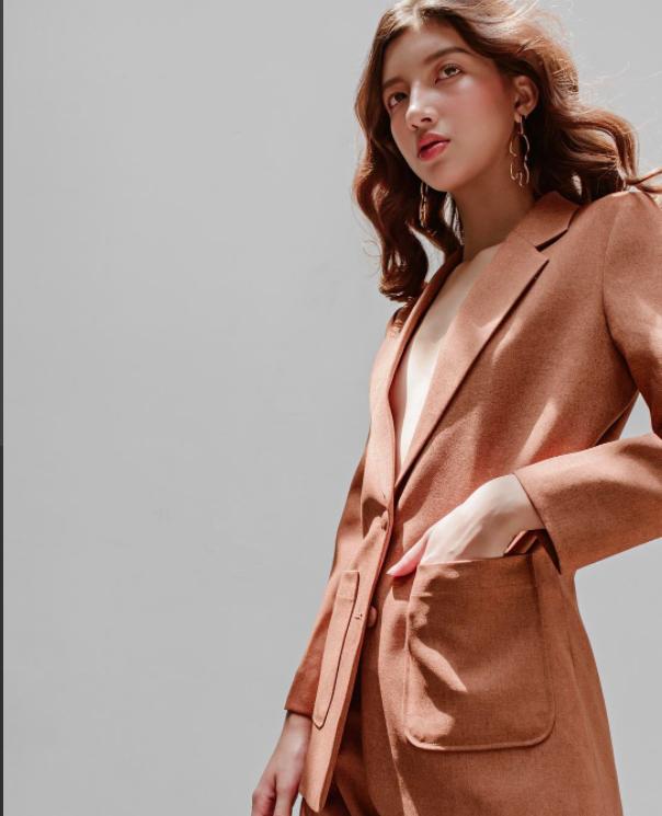 Những thiết kế blazer giá chưa quá 700 ngàn đến từ các thương hiệu Việt bạn cần sắm ngay trong thu này - Ảnh 15.