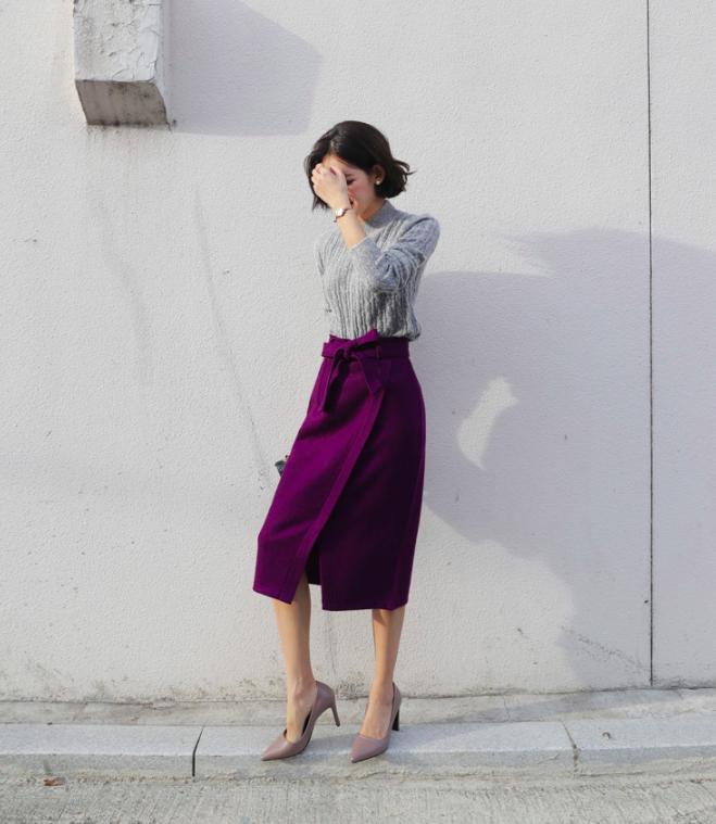 Áo len + chân váy: kết hợp thế nào để vừa ấm áp vừa gợi cảm, nữ tính trong đông này - Ảnh 15.
