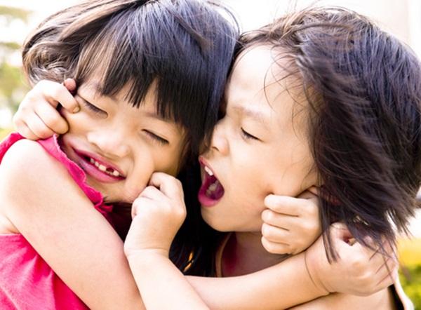 Sai lầm tệ hại khi phạt con mà cha mẹ khôn ngoan không bao giờ áp dụng - Ảnh 1.