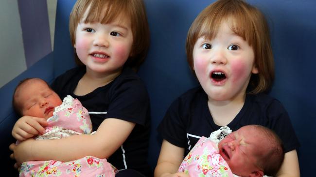 Sinh được 2 thiên thần nhỏ cực đáng yêu, bà mẹ lại tiếp tục gây sốc khi mang thai lần 2 - Ảnh 9.